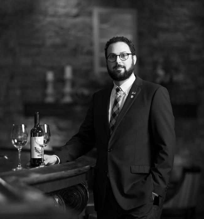 Portrait of Eric Cooperman, Director of Beverage at The Cliffs