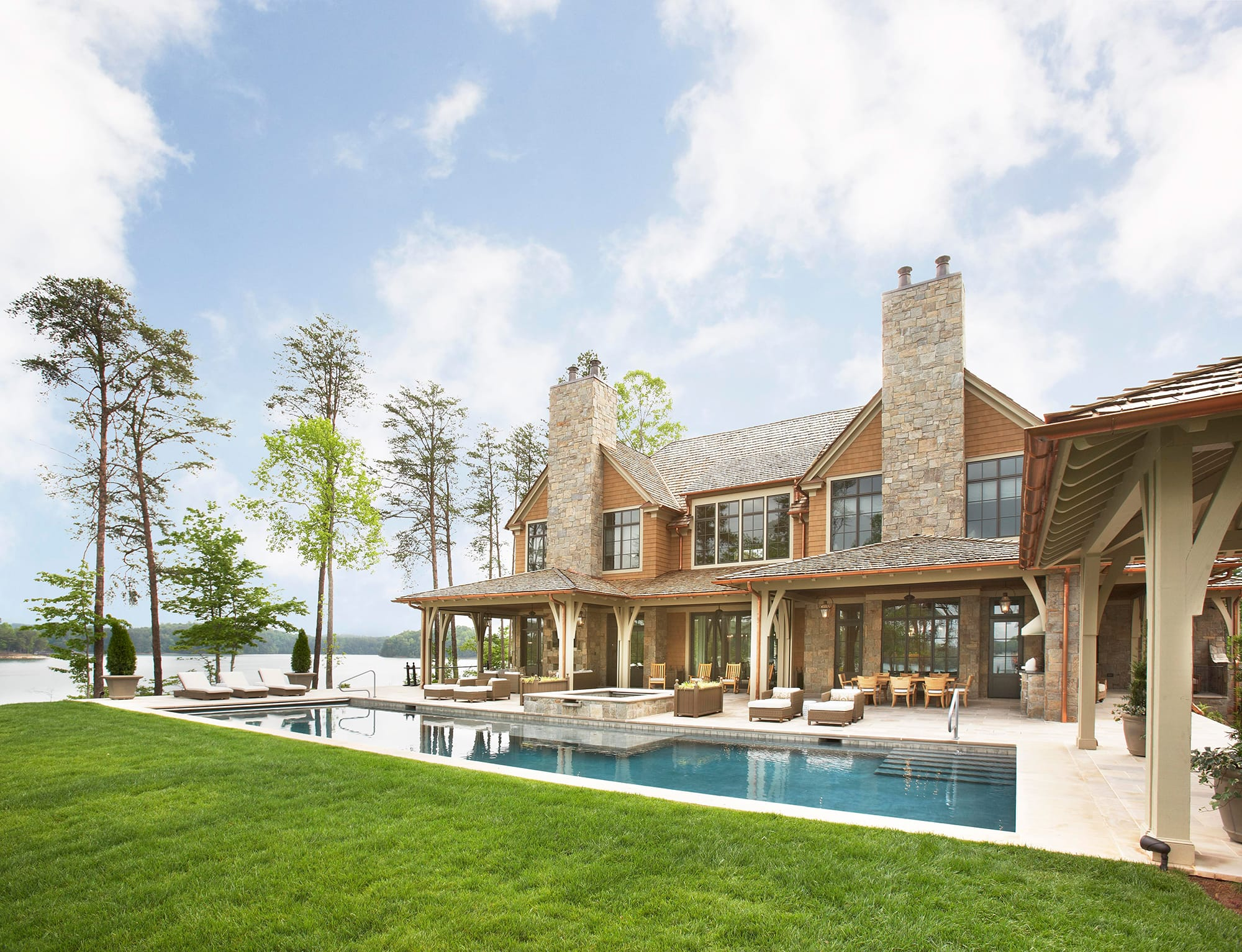 Cliffs home on Lake Keowee